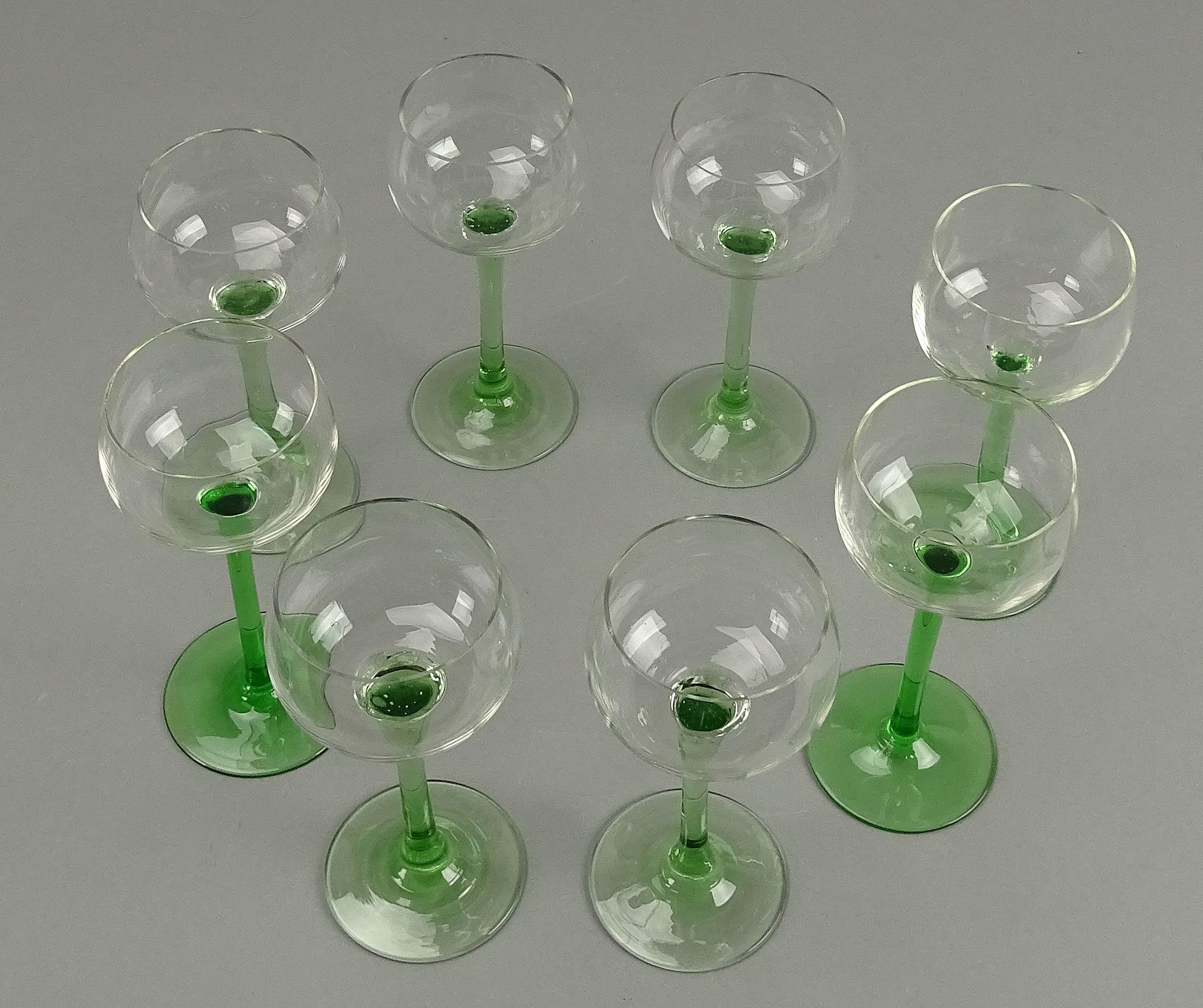 18,8 cm-mehrere.. 1 Weinglas Kristall geschliffen Jugendstil-Motiv H